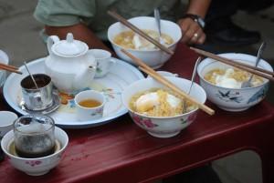 soupe d'oeuf à Quan Ba Vietnam