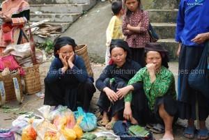 ethnies H'mongs marché  Xi Man  vietnam