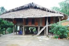 habitation lac Thac ba
