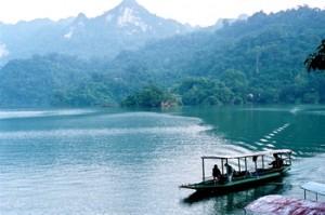 voyage famille vietnam lac babé