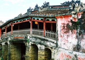 visiter le vietnam en 15 jours pont japonais Hoi Ain