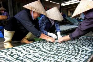 marché aux poissons delta du fleuve rouge