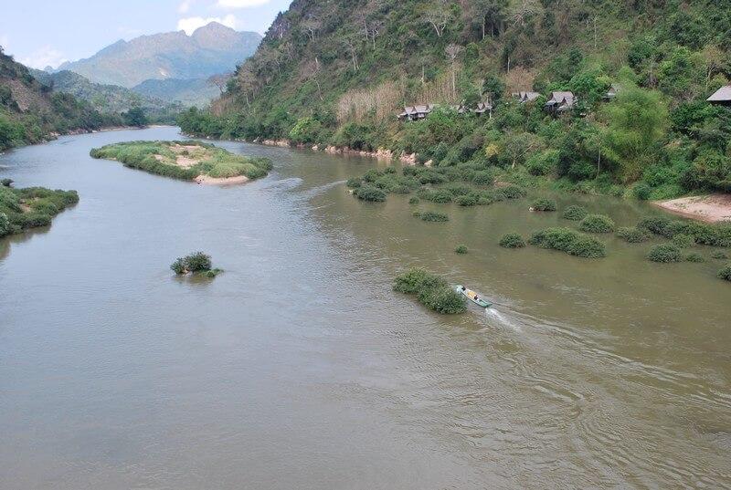 fleuve Nam  Ou Nong Khiaw Laos