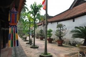 pagode aux pinceaux  Chua But Thap