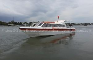 bateau rapide chaudoc