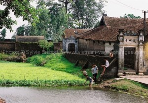 village tho ha Ninh binh