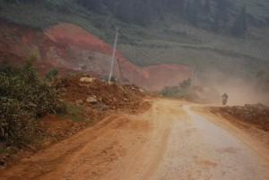 poussière route Can Cau vietnam