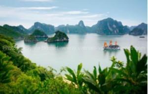 vietnam baie Halong avec des enfants