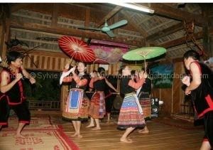 Danse de Mai Chau