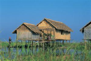 village de Thalae U - lac Inle - Birmanie