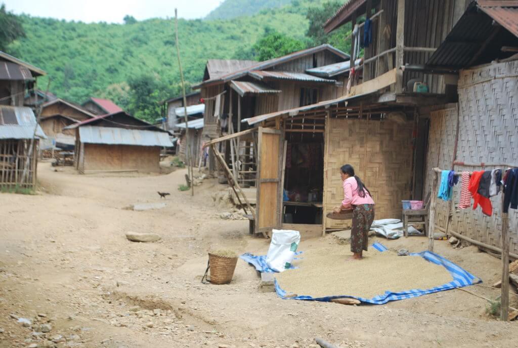 Randonnée Laos 8 jours etnies Khamu