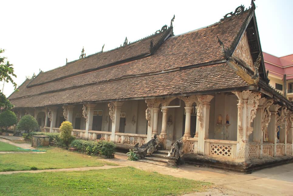 temple-Wat-Luang-Pakse-Laos-