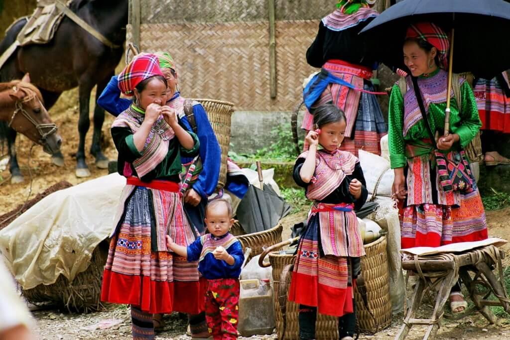 Agence-fracophone-Vietnam-marché-Bac-Ha